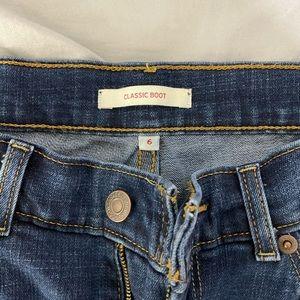 Classic boot cut Levi's jeans